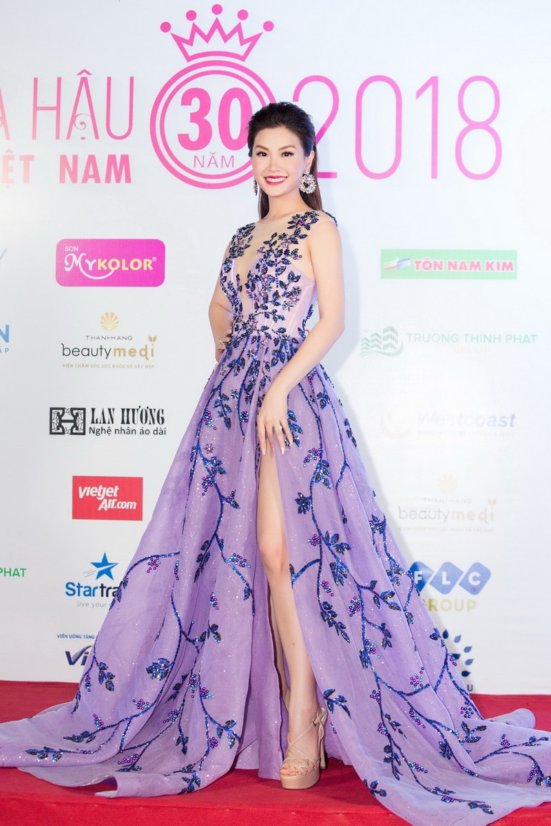 Kỳ Duyên đọ sắc cùng hoa hậu Mỹ Linh và đàn chị Hà Kiều Anh - ảnh 5