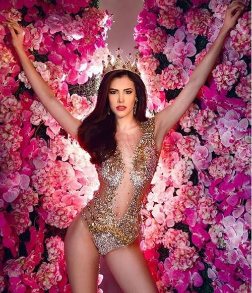 Hình thể nóng bỏng với bikini của tân Hoa hậu Quốc tế 20 tuổi  - ảnh 7