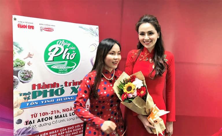 Hoa hậu Diễm Hương nhớ cha trong Ngày của Phở - ảnh 1