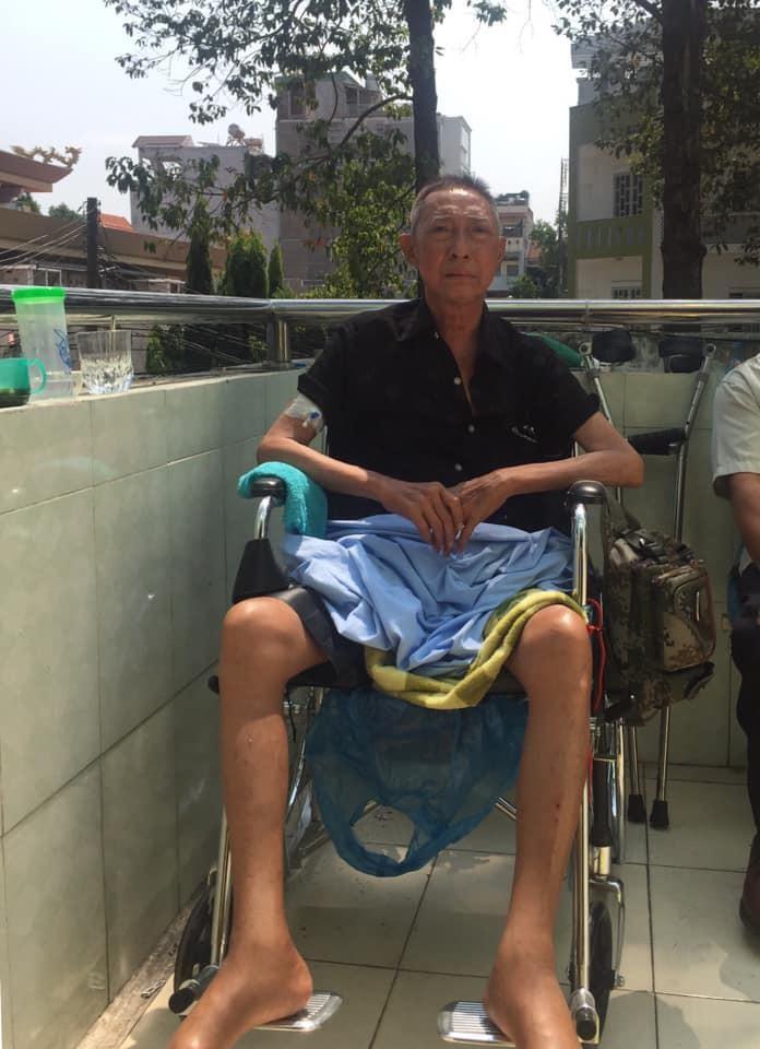 NS Lê Bình đã bị liệt,ngồi xe lăn, tìm người chăm sóc - ảnh 1