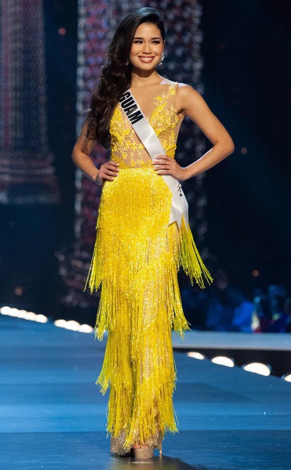 Váy dạ hội vàng của H'Hen Niê được xếp đẹp nhất thế giới - ảnh 12