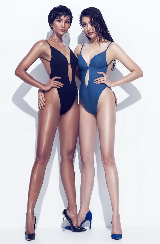 H'Hen Niê và Lệ Hằng nóng bỏng trong bikini mùa hè - ảnh 2