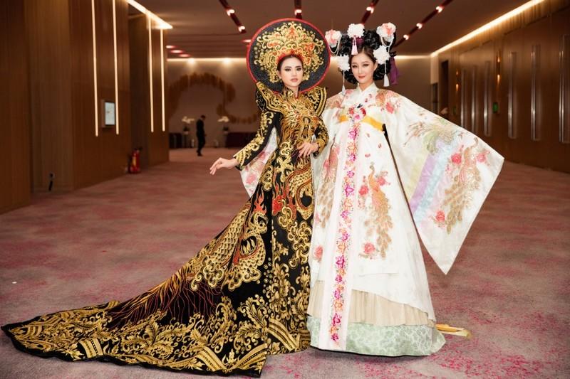 Vẻ đẹp bốc lửa của Á hậu châu Á 2019 Hà Vi Vi  - ảnh 8