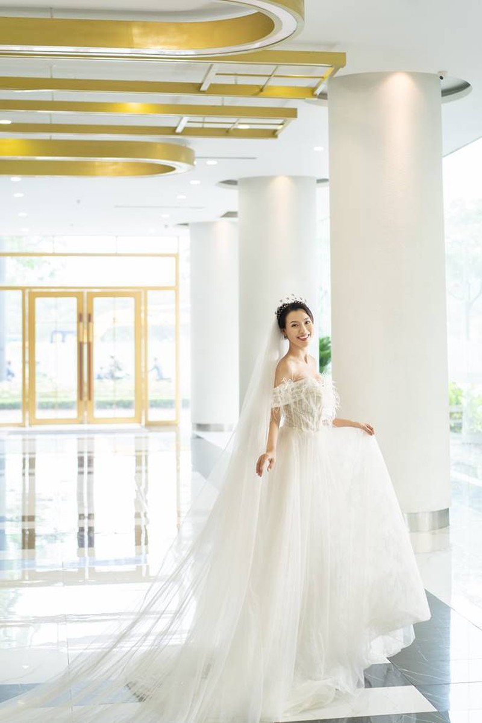 Sau Đông Nhi, Bảo Thy, đến lượt á hậu Hoàng Oanh sắp cưới - ảnh 12