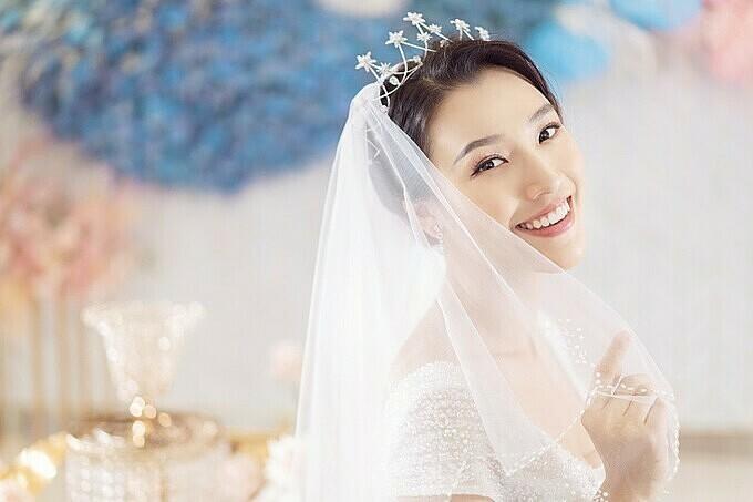 Sau Đông Nhi, Bảo Thy, đến lượt á hậu Hoàng Oanh sắp cưới - ảnh 9