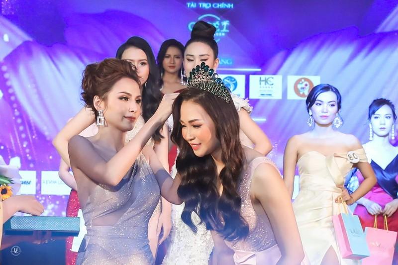 Đỗ Nguyễn Như Huỳnh đăng quang Hoa khôi Du lịch Đồng Nai 2019 - ảnh 1