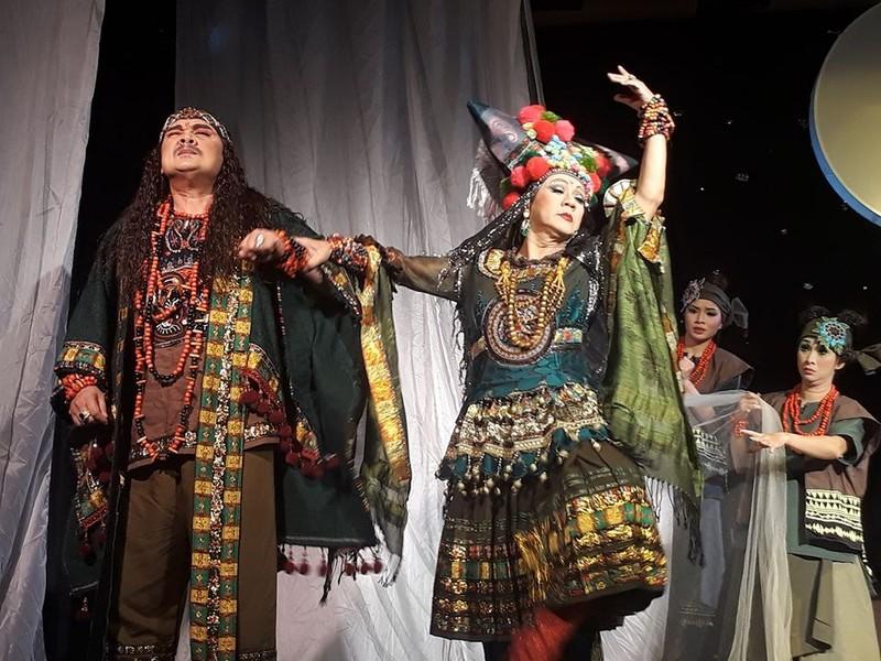 Sân khấu diễn lại từ 21-5, giảm giá vé để kéo khách - ảnh 1