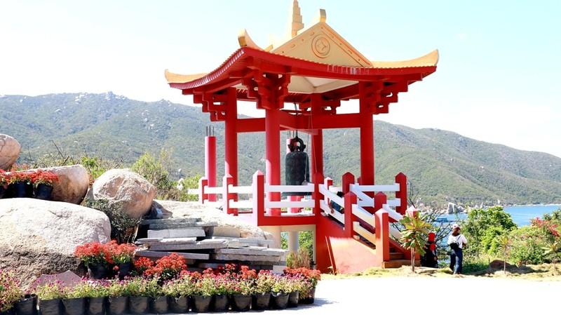 Đại đức từng là Bộ đội Cụ Hồ trồng 100 cây bàng vuông ở chùa  - ảnh 6
