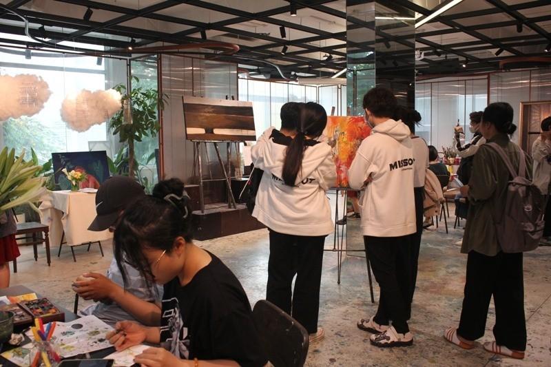 Sống động gian phòng 6m2 của cặp đôi Lưu Quang Vũ–Xuân Quỳnh  - ảnh 2