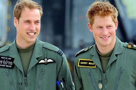 Vợ chồng tổng thống Obama và Hoàng tử Harry thách nhau trên mạng xã hội - ảnh 4
