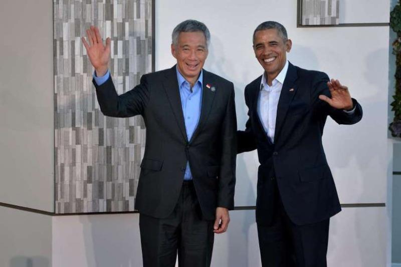 Thủ tướng Singapore Lý Hiển Long (trái) và Tổng thống Mỹ Barack Obama tại hội nghị Mỹ-ASEAN tại Sunnylands (California, Mỹ) ngày 15-2.