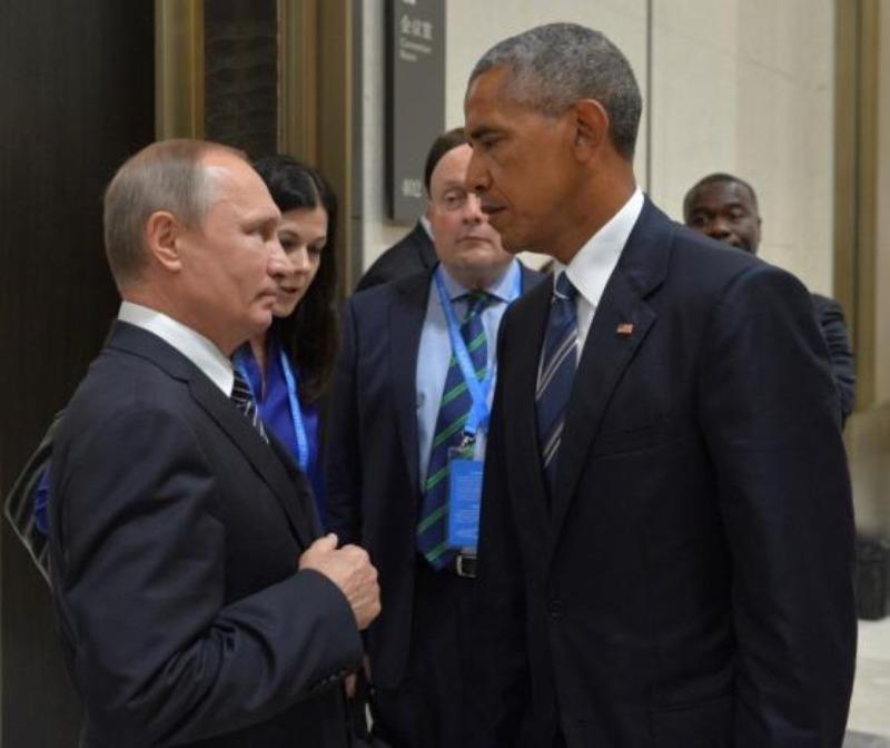 Tổng thống Nga Putin (trái) và Tổng thống Mỹ Obama tại cuộc gặp.