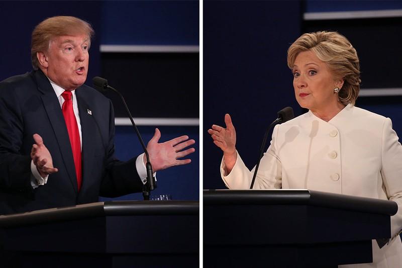 Ông Trump và bà Clinton trong cuộc tranh luận lần 3 tối 19-10.