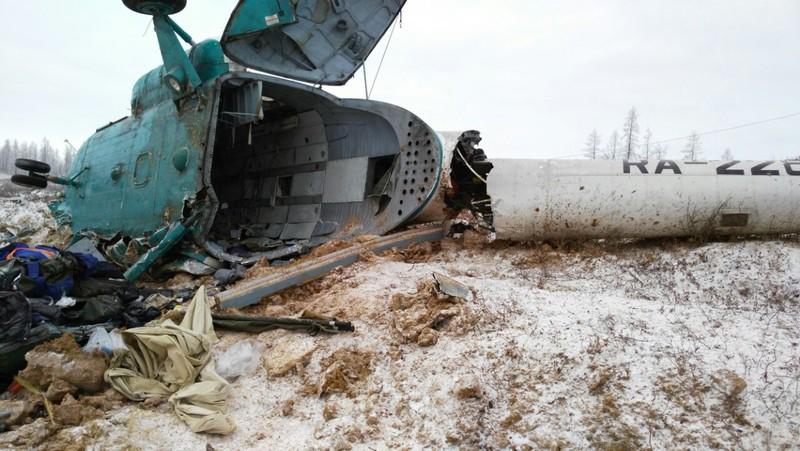 Hiện trường tai nạn của trực thăng Mi-8.
