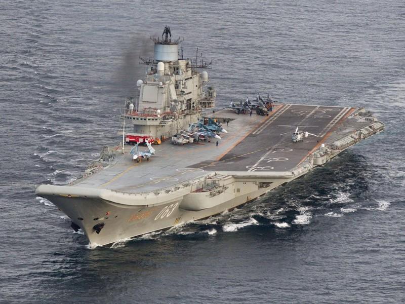 Tàu sân bay Đô đốc Kuznetsov làm nhiệm vụ dẫn đầu một đội tàu chiến của Nga đến Syria.