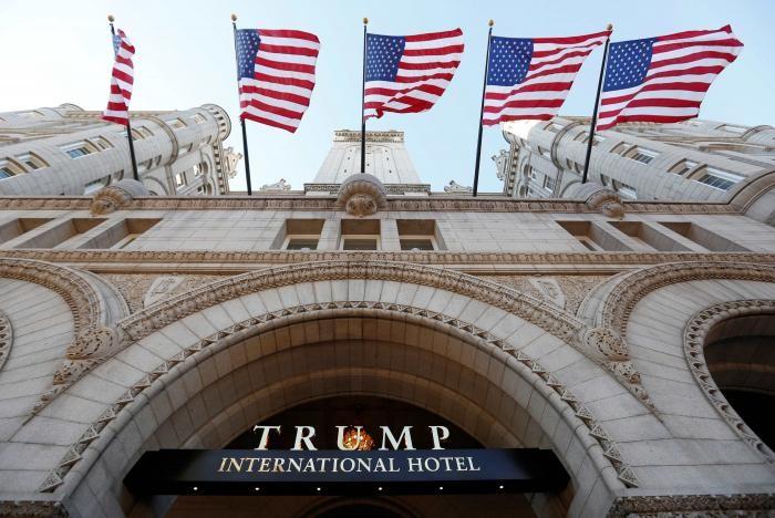 Khách sạn Trump International Hotel ở thủ đô Washington (Mỹ).