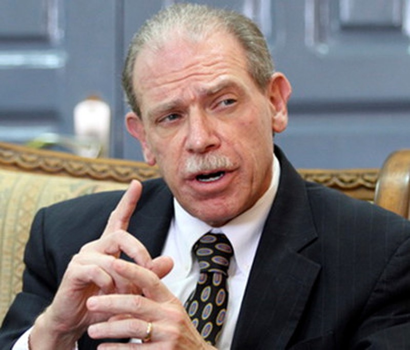 Nhà ngoại giao Gerald M. Feierstein, cựu đại sứ Mỹ tại Yemen. Ảnh: WN