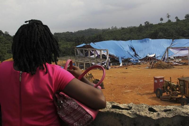 Ít nhất 160 người chết trong vụ sập nhà thờ Nigeria. Ảnh: AP