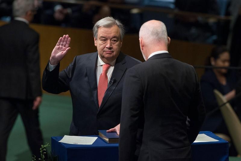 Ông António Guterres tuyên thệ nhậm chức Tổng Thư ký LHQ ngày 12-12. Ảnh: UN