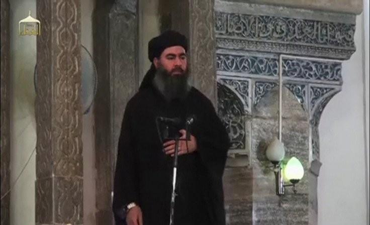 Số tiền Mỹ treo thưởng lấy mạng lãnh đạo IS Abu Bakr al-Baghdadi hiện là 25 triệu USD. Ảnh: AP