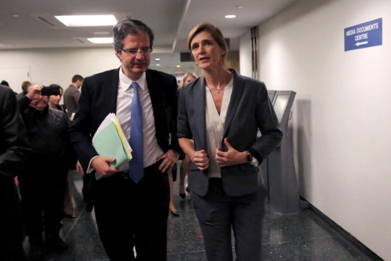 (Từ trái qua): Hai đại sứ Pháp và Mỹ tại LHQ Francois Delattre và Samantha Power. Ảnh: REUTERS