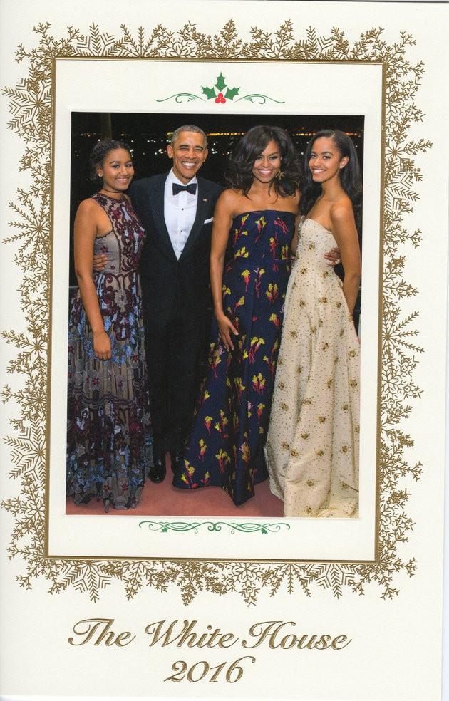 Gia đình Tổng thống Obama trong tấm thiệp Giáng sinh của Nhà Trắng 2016. Ảnh: HUFFINGTON POST