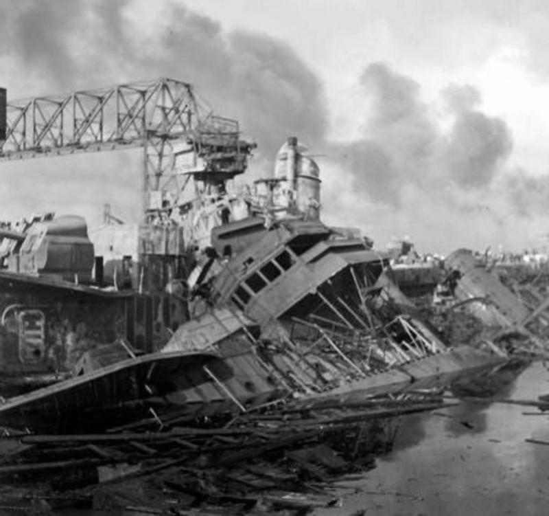 USS Downes sau trận Trân Châu Cảng. Ảnh: PACIFIC WARBIRDS