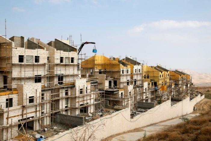 Một khu định cư Israel đang xây ở Bờ Tây, ảnh chụp ngày 28-12. Ảnh: REUTERS