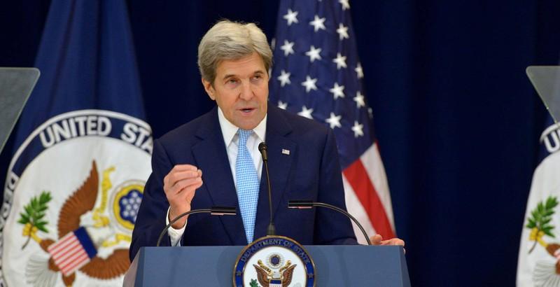 Ngoại trưởng Mỹ John Kerry phát biểu ngày 28-12 tại Bộ Ngoại giao Mỹ. Ảnh: BỘ NGOẠI GIAO MỸ.