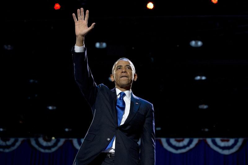 Tổng thống Obama tại Chicago trong đêm phát biểu chia tay 10-1. Ảnh: AP