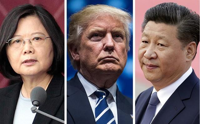 Ông Trump (giữa) là tổng thống đắc cử Mỹ đầu tiên điện đàm với lãnh đạo Đài Loan Thái Anh Văn (trái) trong nhiều thập kỷ, bất chấp phản đối từ Chủ tịch Trung Quốc Tập Cận Bình (phải). Ảnh: REUTERS