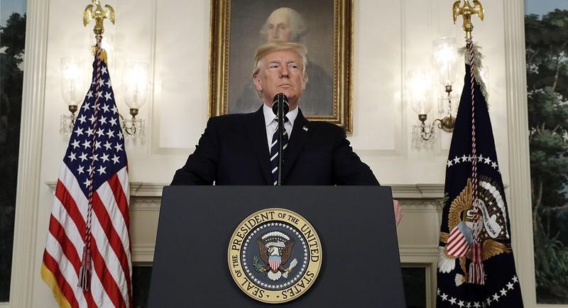 Tổng thống Trump phát biểu về vụ xả súng Las Vegas, sáng 2-10 tại Nhà Trắng. Ảnh: AP