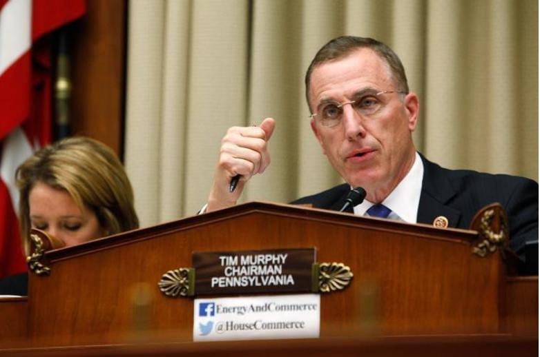 Hạ nghị sĩ Cộng hòa Tim Murphy mất chức vì bảo người tình phá thai. Ảnh: REUTERS