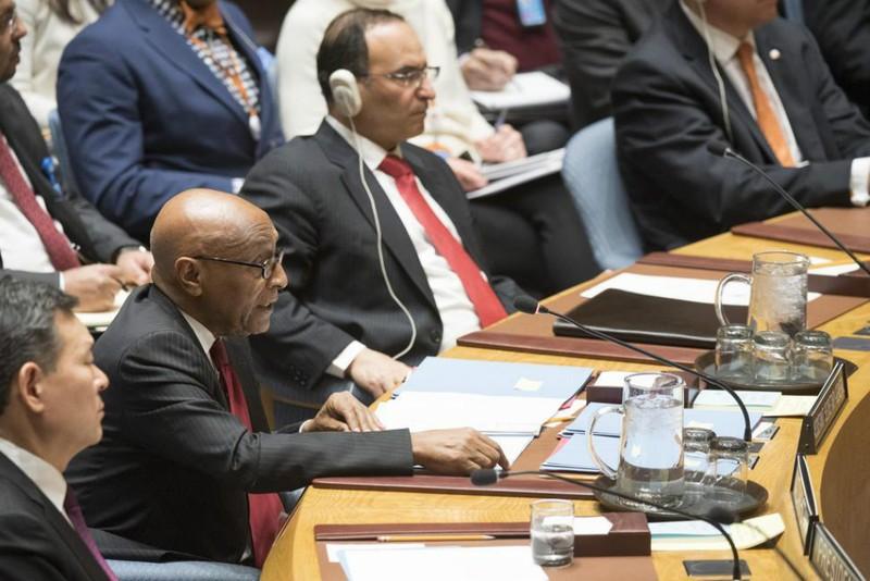 Trợ lý Tổng Thư ký LHQ phụ trách các vấn đề chính trị Tayé-Brook Zerihoun (thứ hai từ trái sang) tại phiên họp HĐBA LHQ ngày 5-1. Ảnh: UN PHOTO