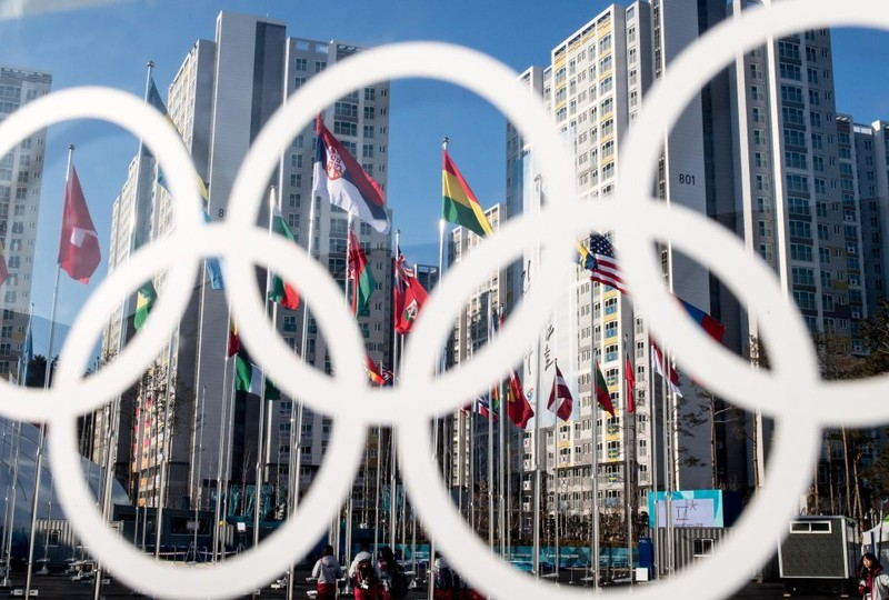 Biểu tượng Olympic ở làng Thế vận hội ở Pyeongchang, tỉnh Gangwon (Hàn Quốc). Ảnh: GETTY IMAGES