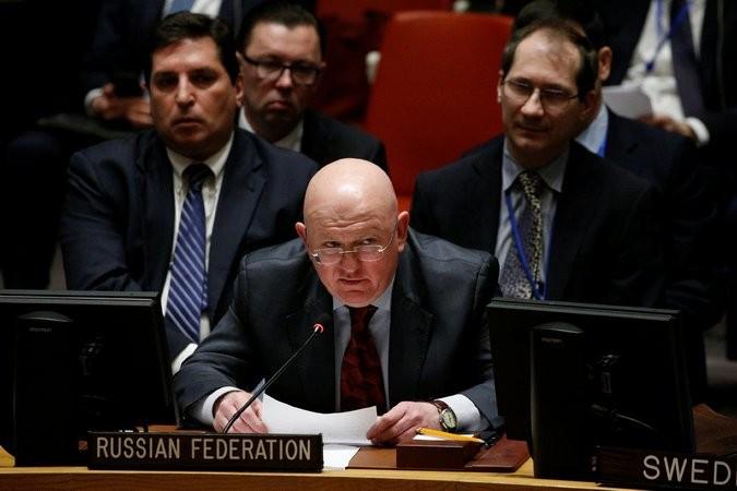 Đại sứ Nga tại LHQ Vassily Nebenzya trong phiên họp của HĐBA LHQ về Syria ngày 22-2. Ảnh: REUTERS
