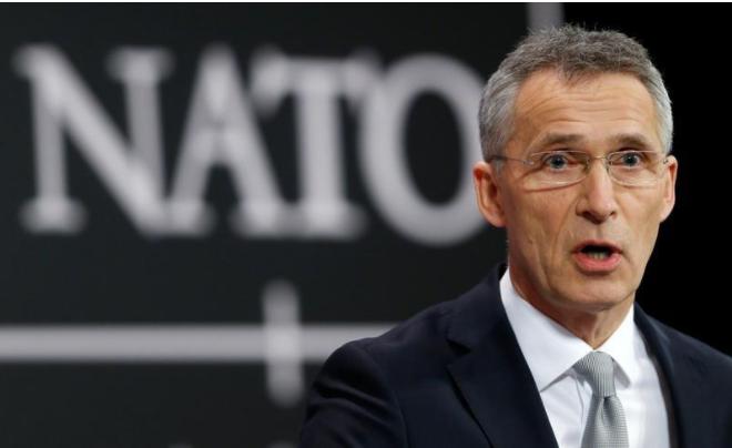 Tổng Thư ký NATO Jens Stoltenberg tại cuộc họp báo trong khuôn khổ một hội nghị bộ trưởng NATO ở Brussels (Bỉ) ngày 15-2. Ảnh: REUTERS