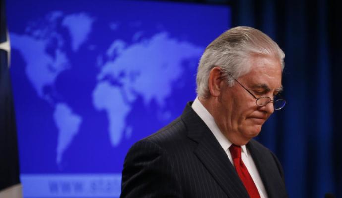 Ông Tillerson họp báo tại Bộ Ngoại giao Mỹ ngày 13-3 sau khi nhận tin mình bị ông Trump sa thải. Ảnh: REUTERS