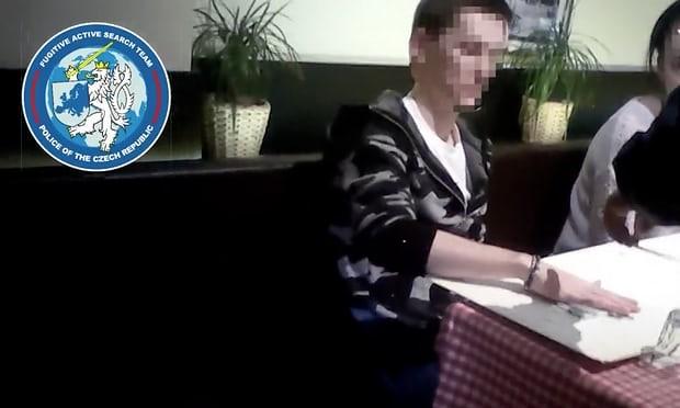 Ông Nikulin thời điểm bị bắt tại Prague năm 2016. Ảnh: GUARDIAN