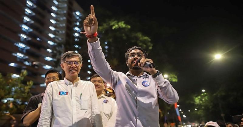 Anh P. Prabakaran (phải) nói sẽ đại diện tiếng nói người trẻ Malaysia, sẽ thuyết phục thêm nhiều người trẻ tham gia chính trị. Ảnh: