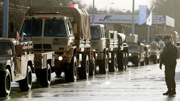 Lính Mỹ được triển khai đến căn cứ quân sự Zagan ở tây Ba Lan ngày 12-1-2017. Ảnh: AP