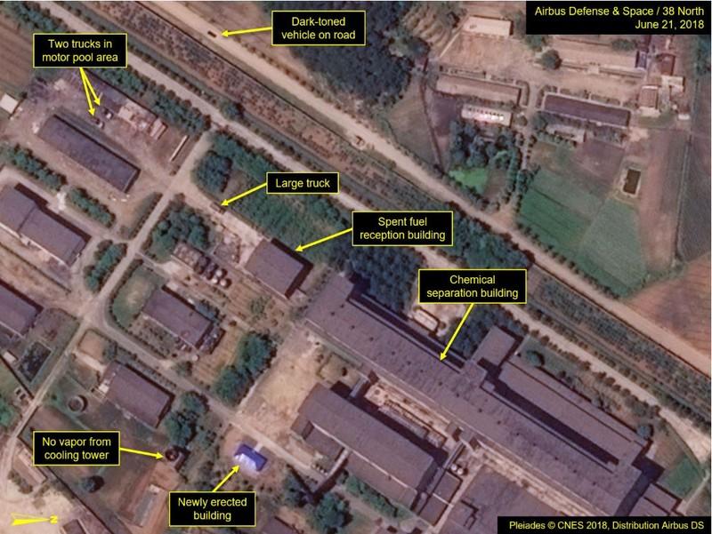 Phòng thí nghiệm hóa học phóng xạ - tái chế tách plutonium từ các thanh nhiên liệu dùng rồi ở lò phản ứng 5MWe) được cho đã hoạt động. Ảnh: 38 NORTH