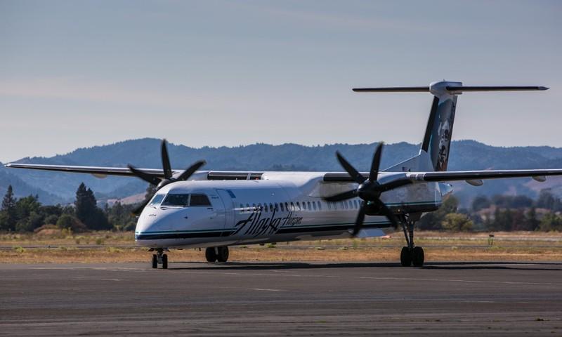 Một chiếc Q400 tương tự chiếc vừa bị cướp, bị điều khiển cất cánh và rơi tối 10-8 tại bang Washington (Mỹ). Ảnh: GETTY IMAGES