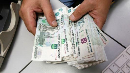 Đồng rouble của Nga giảm hơn 6% kể từ tuần trước. Ảnh: CNBC