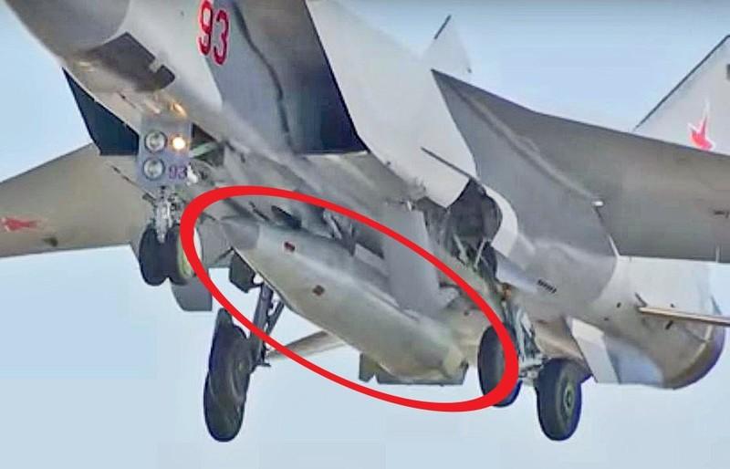 Tên lửa siêu thanh Kinzhal của Nga. Ảnh: AVIATIONIST
