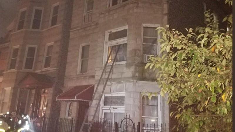 6 trẻ em và 2 người lớn chết thảm trong vụ cháy căn hộ ở TP Chicago, bang Illinois (Mỹ) sáng sớm 26-8. Ảnh: FOX NEWS