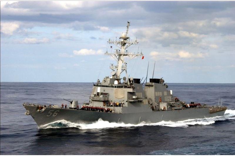 Tàu khu trục tên lửa USS John S. McCain. Ảnh: REUTERS