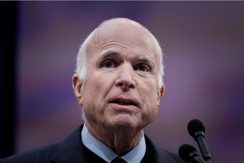 Thượng nghị sĩ Cộng hòa McCain thời điểm tháng 10-2017, 3 tháng sau khi biết mình bị ung thư não và 10 tháng trước khi mất. Ảnh: REUTERS
