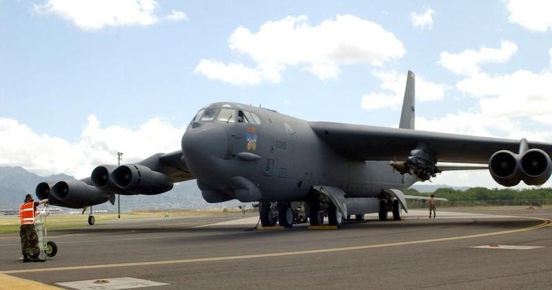 Máy bay ném bom B-52 của Mỹ. Ảnh: DEFENSE NEWS
