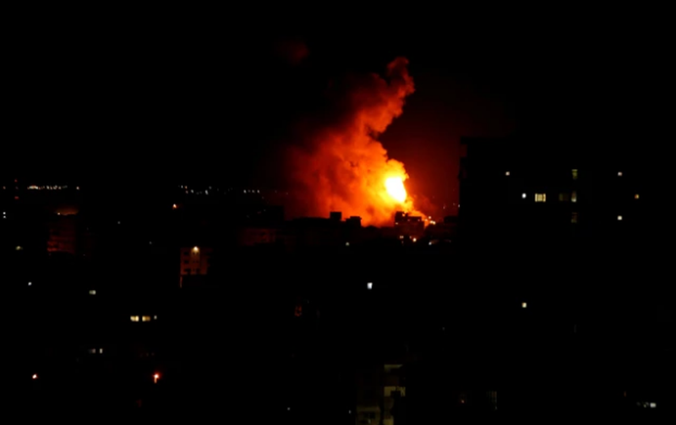 Một trận không kích của Israel ở dải Gaza hồi tháng 10. Ảnh: HAARETZ